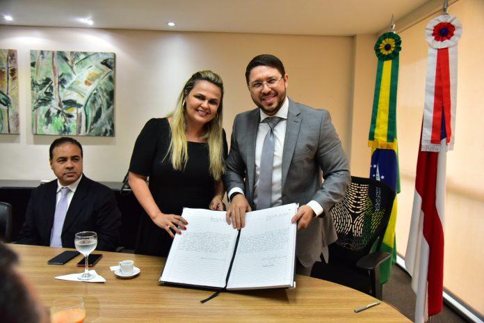 Mais uma perseguição? Delegada-Geral Emilia Ferraz promove 80 delegados deixando de fora somente o delegado João Tayah que fez criticas ao governo do Amazonas